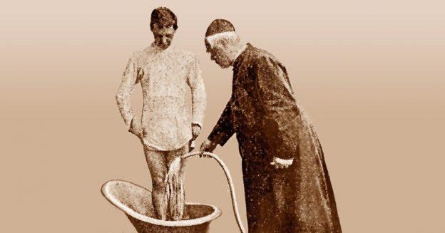 Historische Postkarte: Knieguss mit Kneipp